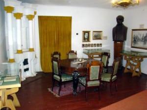 Casa-memoriala-1-300x225